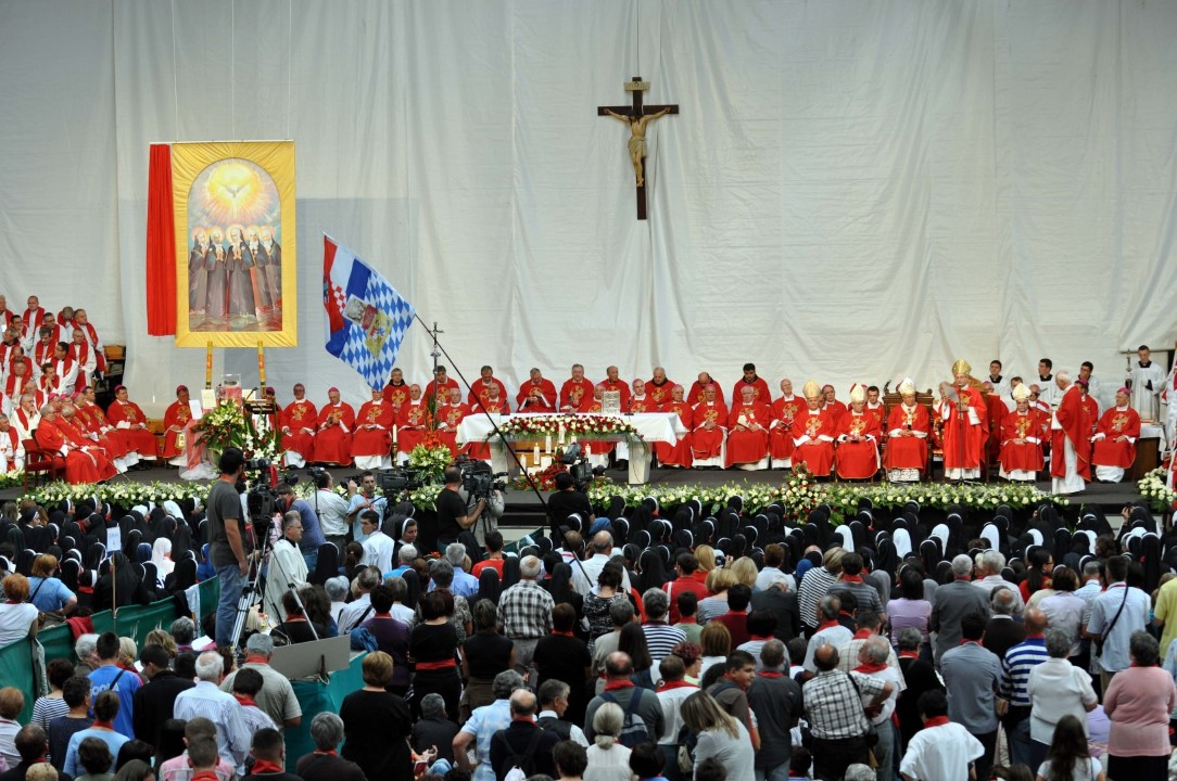 Sv. misa (9)