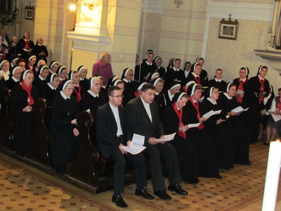 VeYernja u crkvi kraljice svete krunice (3)