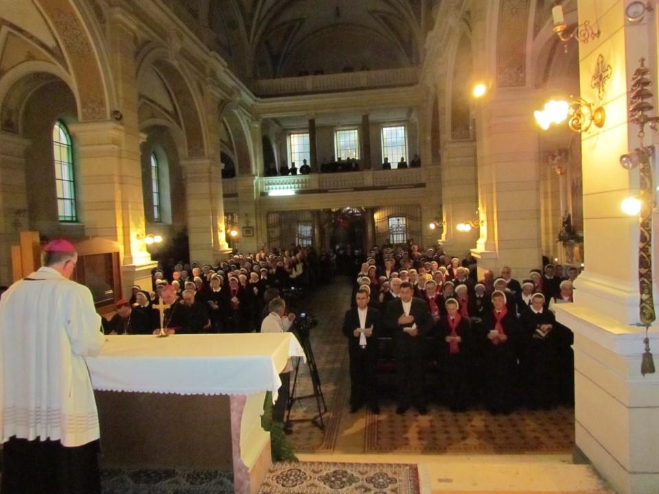VeYernja u crkvi kraljice svete krunice (7)