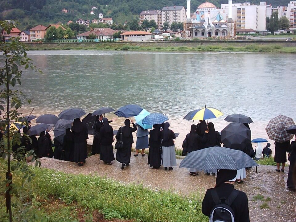 Medunarodni susret sestara juniroki - goraYde (2009.)