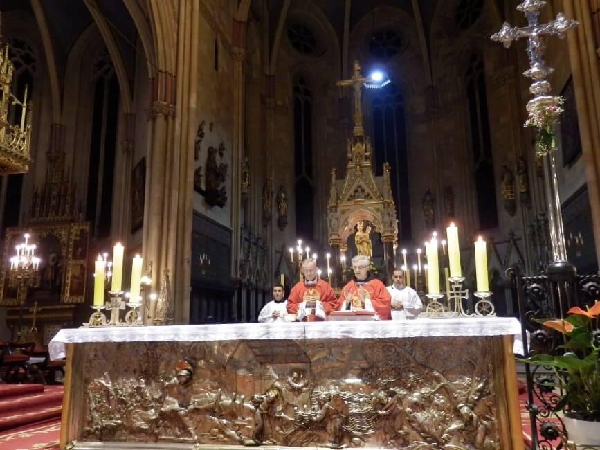 Spomendan-s-jule-i-susestara-zg-katedrala (1)