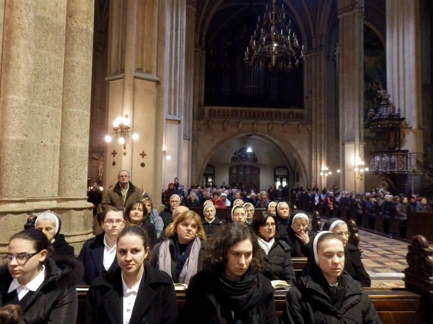 Spomendan-s-jule-i-susestara-zg-katedrala (3)