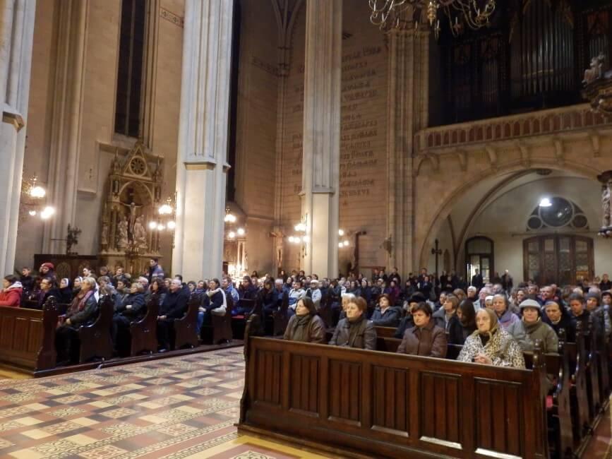 Spomendan-s-jule-i-susestara-zg-katedrala (8)