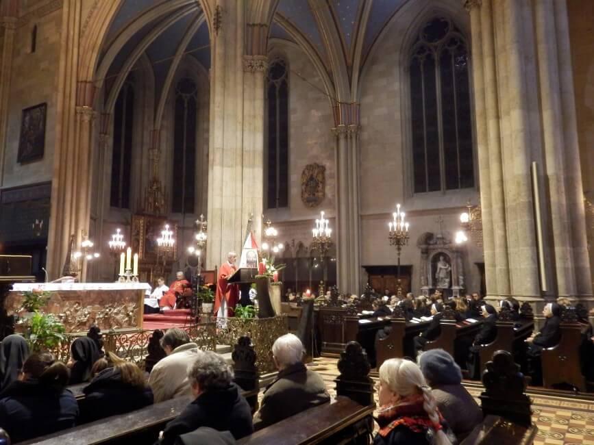 Spomendan-s-jule-i-susestara-zg-katedrala (9)