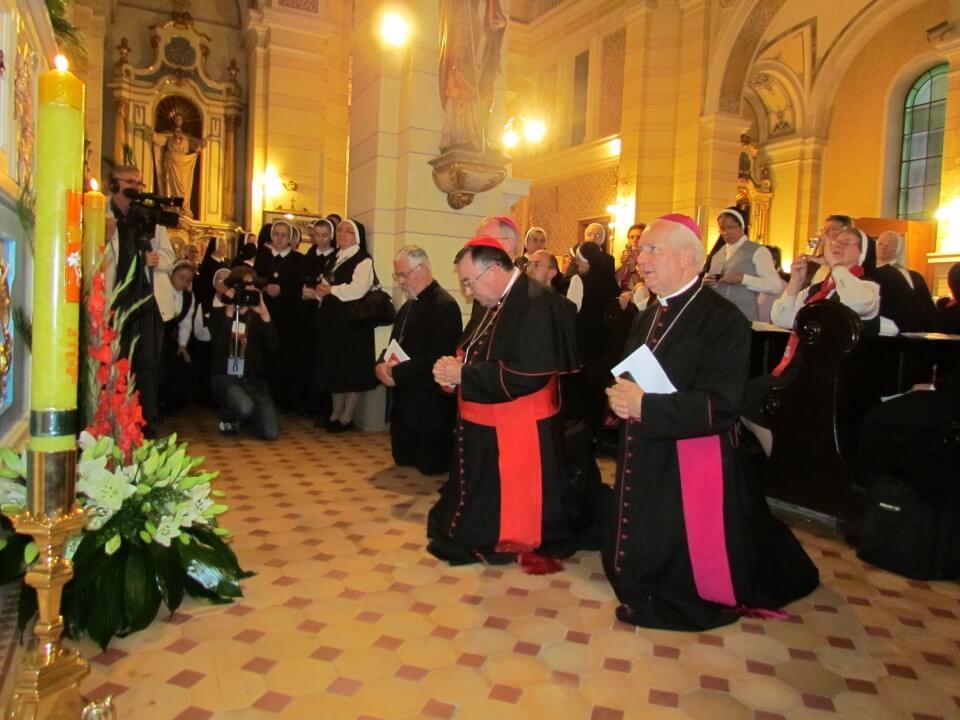 VeYernja u crkvi kraljice svete krunice (10)