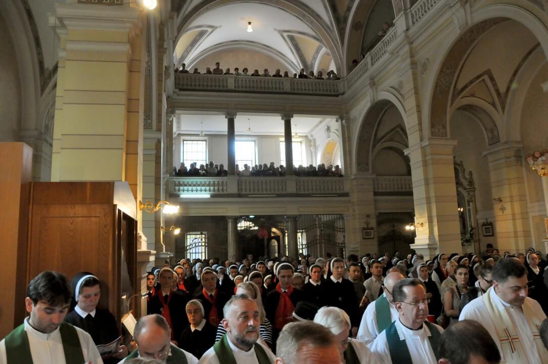 Sv. misa (25)