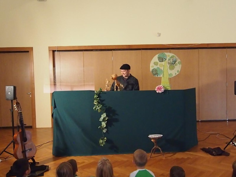 Predstava (3)