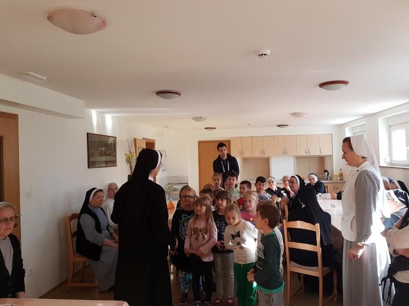 Samostan (8)