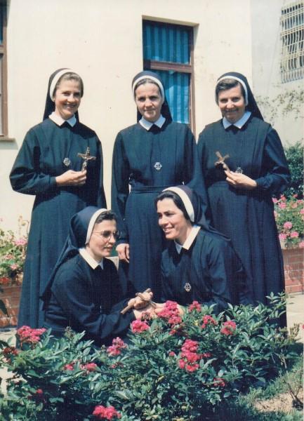 Prve sestre u albaniji