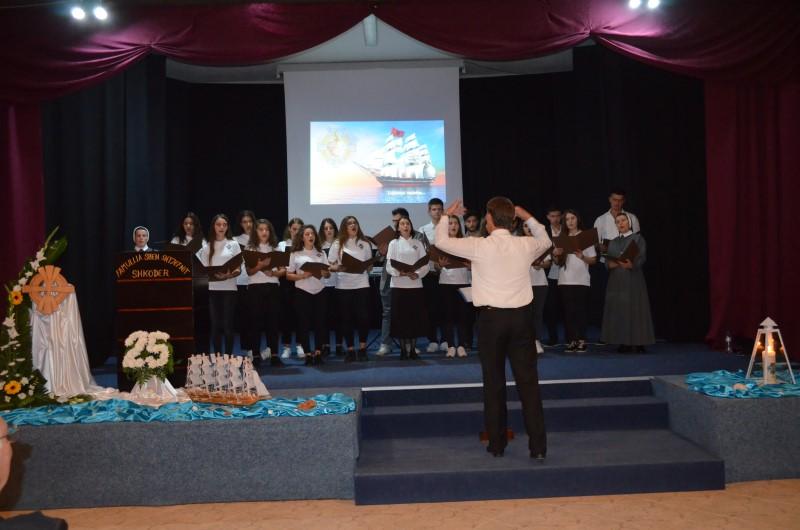 Proslava u albaniji (13)