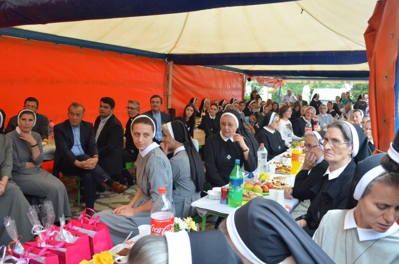 Proslava u albaniji (26)