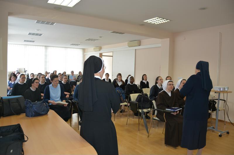 Skola za novakinje (6)