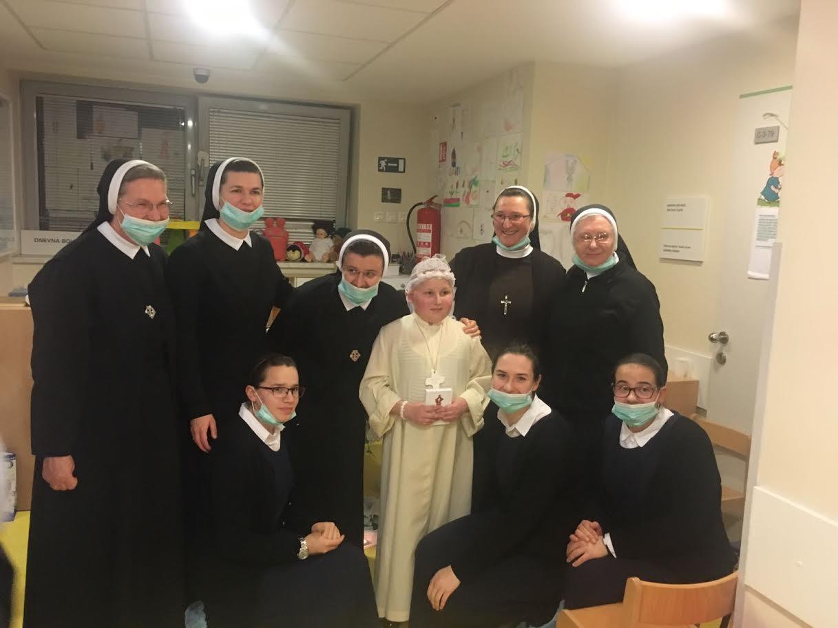 Prisustvovale smo slavlju Prve pričesti na Dječjoj onkologiji