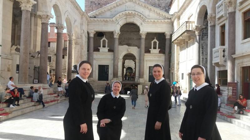 Susret sestara juniorki u Splitu