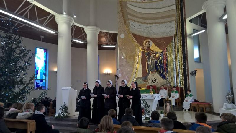 Sestre i novakinje posjetile župu Pohoda Blažene Djevice Marije u Sisku
