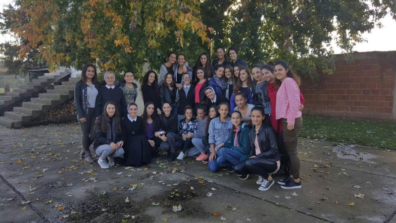 Doblibare (Kosovo) - održan susret za 33 djevojke