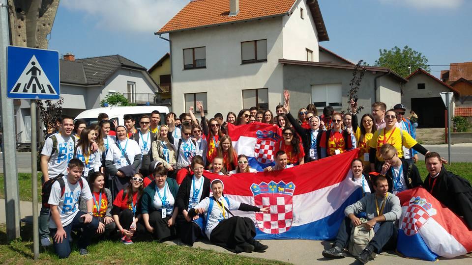 Radost zajedništva na Susretu Hrvatske katoličke mladeži u Vukovaru