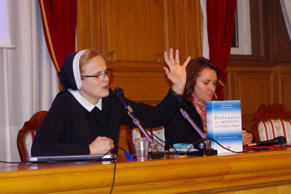 s. M. Nela Gašpar gostovala je na Kulturnoj tribini Teologije u Rijeci